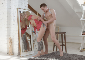 Spying dude owns blonde painter and cums on face