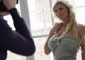 Photo session leads to passionate sex for a pretty blonde