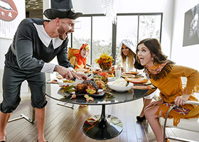 Thanksgiving dinner ends with incestuous fucking